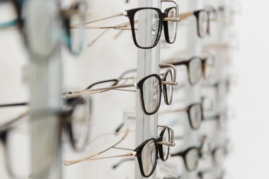 Eye,Glasses,On,The,Shelf